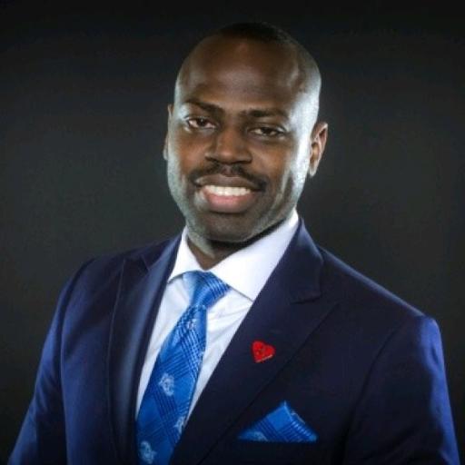 Tom Oluwole, Associate